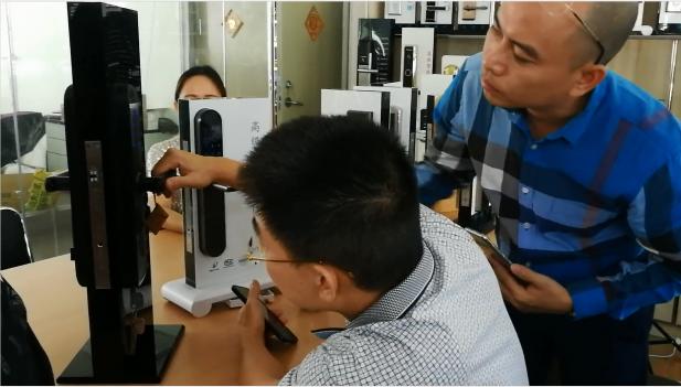 Vietnamese customers factory visit